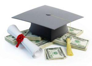 Tasse scolastiche: quante sono, chi le deve pagare e quando