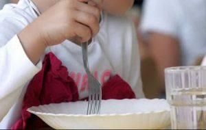 35 bambini intossicati a scuola dopo la mensa: indagano i Nas