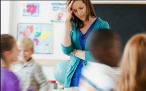 Docenti Stressati, tra aggressioni di genitori e studenti