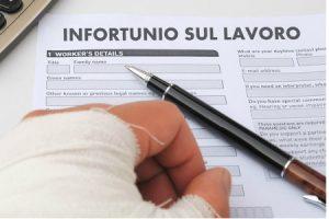 Visite fiscali, nessun obbligo di reperibilità per chi si è infortunato sul lavoro