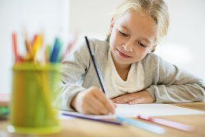 Bussetti: in arrivo la circolare per meno compiti a casa per la vacanze di Natale