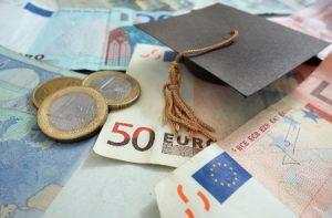 Scuola: il M5S soddisfatto per i 10 milioni in più per le borse di studio