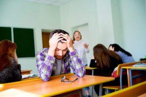 """Studente querela docente per un voto basso, """"Mi rovinava la media"""""""