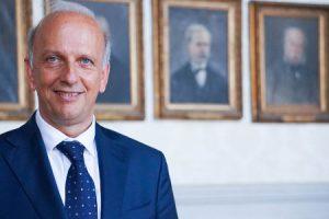 Ministro Bussetti: con un Video cerca di chiarire la sua posizione (Video Intervista)