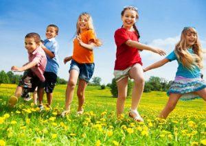 Campi estivi per bambini e ragazzi, un'esperienza di socializzazione e apprendimento