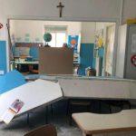 Crolla muro in una scuola di Napoli, feriti la maestra incinta e cinque bimbi