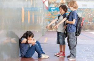 Bullismo a Scuola: scherzi, insulti e violenze contro un ragazzo diabetico