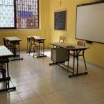 Catania: denunciati due studenti 19enni, entrano in classe con il motorino