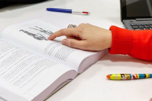 Atto di Indirizzo firmato da Azzolina ecco le 10 priorità per la scuola e istruzione