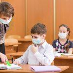 Vaccino Covid per Docenti e Ata, si preme per anticipare i tempi a Gennaio