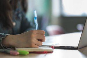 Scuole in Sardegna: fino al 6 aprile alle superiori al massimo 75% di lezioni in presenza